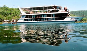 Shayamanzi Houseboat - Northern KwaZulu Natal